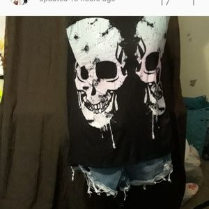 Skull outfit